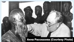 Михаил Герасимов за работой