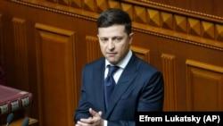 Володимир Зеленський у залі парламенту України, 20 травня 2019 року