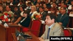 Президент аппараты җитәкчесе Юрий Камалтынов (уңнан беренче)