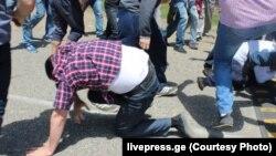 В ходе промежуточных выборов в селе Корцхели 22 мая сторонниками правящей силы были избиты лидеры «Нацдвижения», и до сих пор никто за это не наказан