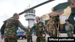 Nagorno-Karabakh - Armenian President Serzh Sarkisian arrives in Stepanakert, 18Apr2016.