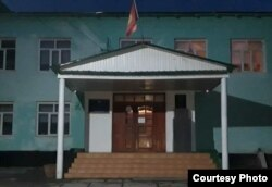 Кичи-Жаргылчактагы Т.Мурзабеков атындагы орто мектеп.