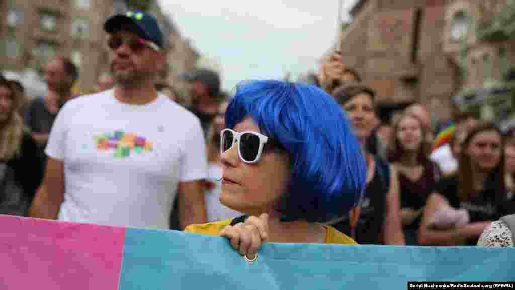 Практически все проведенные шествия заканчивались потасовками между силовиками и противниками ЛГБТ-сообщества.