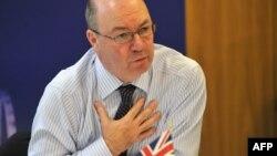 الیستر برت، وزیر مشاور امور خاورمیانهای بریتانیا