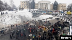 Майдан. Киев. 11-декабрь, 2013-жыл