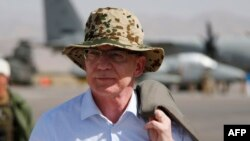 German Defense Minister Thomas de Maiziere, pictured here in Herat (file photo)