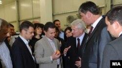 Премиерот Никола Груевски и министерот за финансии Зоран Ставревски