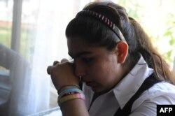 Школьница Леонарда Дибрани. Депортация ее вместе с семьей в Косово вызвала бурную полемику во французском обществе