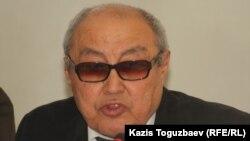 Kcell компаниясы заң департаментінің сарапшысы Болат Нұрғожин. Алматы, 17 қыркүйек 2013 жыл.