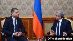 Armenia - President Serzh Sarkisian (R) meets with Tigran Sarkisian, chairman of the Eurasian Economic Commission, in Yerevan, 16Dec2016.