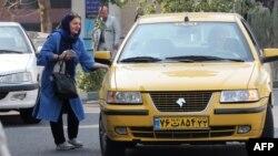 تعدادی از رانندگان تاکسی در تهران به کرونا مبتلا شده و تعدادی از آنان جان باختهاند