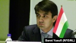 Рустам Эмомали, Тажикстандын футбол федерациясынын президенти, 05.01.2012