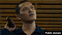 Кадр из фильма «Неделимое». Скриншот со страницы «Гермес фильм» в YouTube.