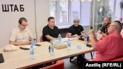 Сулдан: Илнур Ярхамов, Азат Ахунов, Дамир Исхаков, Руслан Айсин, Римзил Вәлиев