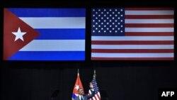 Zastava Kube i Sjedinjenih Američkih Država