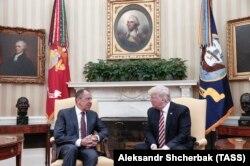 Donald Trump și Serghei Lavrov la Casa Albă, 10 mai 2017
