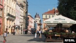 Scenic Lviv, now with twice the governance