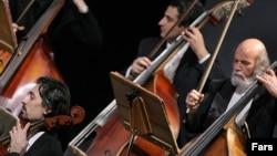 Музыканты Иранского национального оркестра.