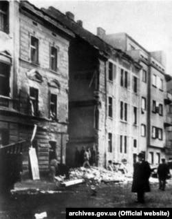 Музей визвольної боротьби України в Празі після бомбардування 14 лютого 1945 року (Архів М. Мушинки)