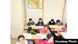 Ստամբուլում գործող ընդհատակյա հայկական դպրոց, արխիվային լուսանկար