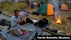 Сирийские беженцы на границе Греции и Македонии, 22 августа 2015 года
