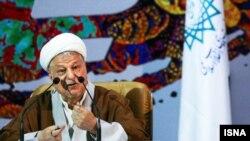 هاشمی رفسنجانی میگوید: «اكثر كسانی كه به آقای روحانی رای دادند، از انتخاب خود راضی هستند».