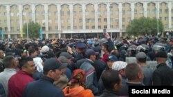 Кызыл-Ордо шаарындагы жер сатууга каршылардын нааразылык акциясы, 1-май, 2016