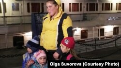 Антонида Москвичева с детьми
