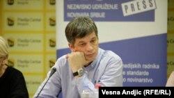 Sve pare su date medijima koji su podobni: Željko Bodrožić