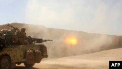 Афганские военные отражают атаки талибов в провинции Гильменд. 9 октября 2016 года.