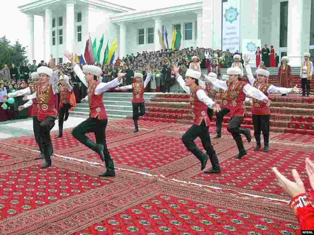 Norouz celebrations in Ashgabat - Noruz08