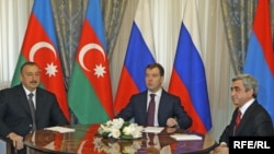 Трехсторонняя встреча Саргсян-Медведев-Алиев в Сочи, 25 января 2010 г.