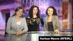 U.S. -- Vaclav Havel Fellows Irina Gotsian (L), Seda Stepanyan (C) and Tahmina Taghiyeva (R) visit the Washington, DC bureau of Bloomberg News on 08Apr2013