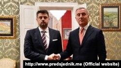 Vladimir Božović prilikom predaje akreditiva predsjedniku Crne Gore Milu Đukanoviću, Podgorica (januar 2020.)