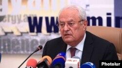 Министр энергетики и природных ресурсов Армении Ерванд Захарян (архив)