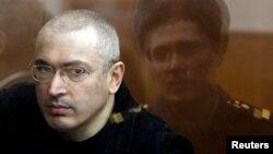 Бывший российский олигарх, находящийся за решеткой, Михаил Ходорковский в 2010 году.