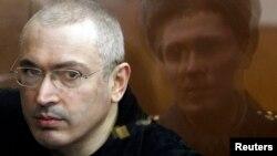 Михаил Ходорковский в московском суде, 5 апреля 2010 года
