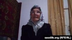 60-летняя мать верующих заключенных из города Намангана Мухаббат Холматова.