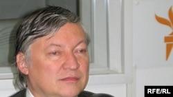 Анатолий Карпов, кандидат в руководители ФИДЕ от Франции.