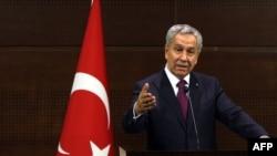 Вице-премьер Турции Бюлент Арындж. Архивное фото