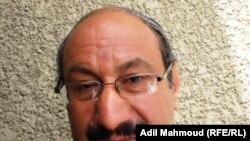 الكاتب عباس لطيف