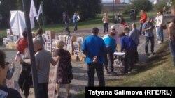 Акция протеста обманутых дольщиков в Новосибирске