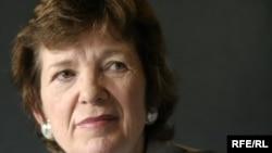 Экс-президента Ирландии и бывшего Верховного комиссара ООН по правам человека не приняли ни в Кремле, ни на Лубянке, ни на Смоленской площади