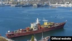 Великий протичовновий корабель російського чорноморського флоту «Очаков» в очікуванні утилізації