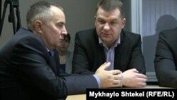 Володимир Шапакін та Олександр Корнієць