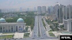 Накази про бойову готовність поки що не загальнодержавні і обмежені лише столицею Ашхабадом