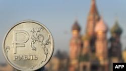 Укрепление рубля с начала года, даже на фоне падения цен на нефть, теперь приостановилось