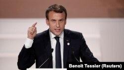 امانوئل مکرون میگوید بشار اسد در موقعیتی نیست که به فرانسه درس بدهد.