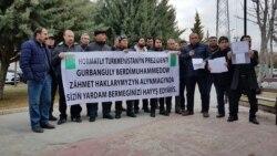 Türk işçileri Türkmenistanda eden işleriniň hakyny talap edýärler