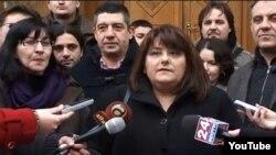 Претседателката на ССНМ Тамара Чаусидис.